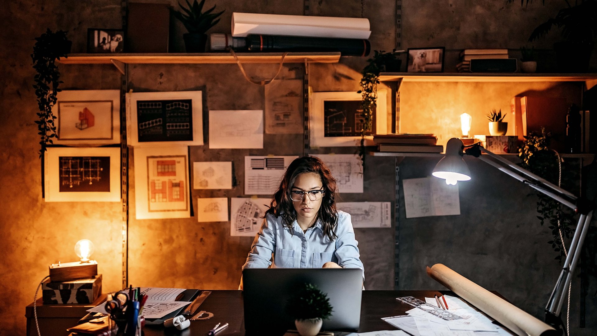 Creative Gig Workers Should Protect Their Business in Difficult Times