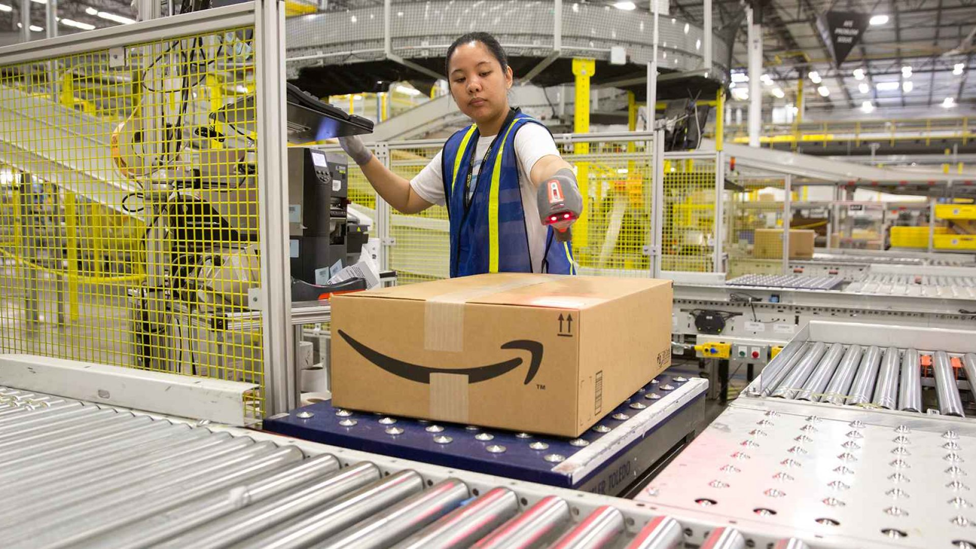 Here Are the 12 Cities Where You Could Be Hired on the Spot for a Job With Amazon