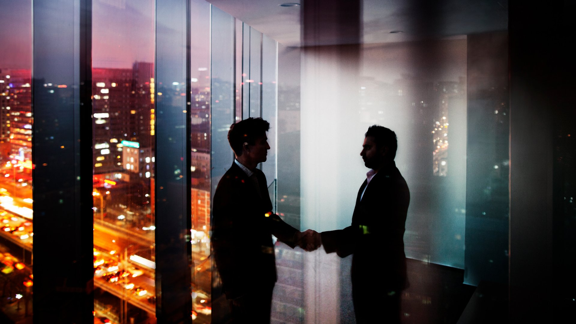Want to Grow Strong Partnerships? 8 Business Leaders Share Their Best Tips