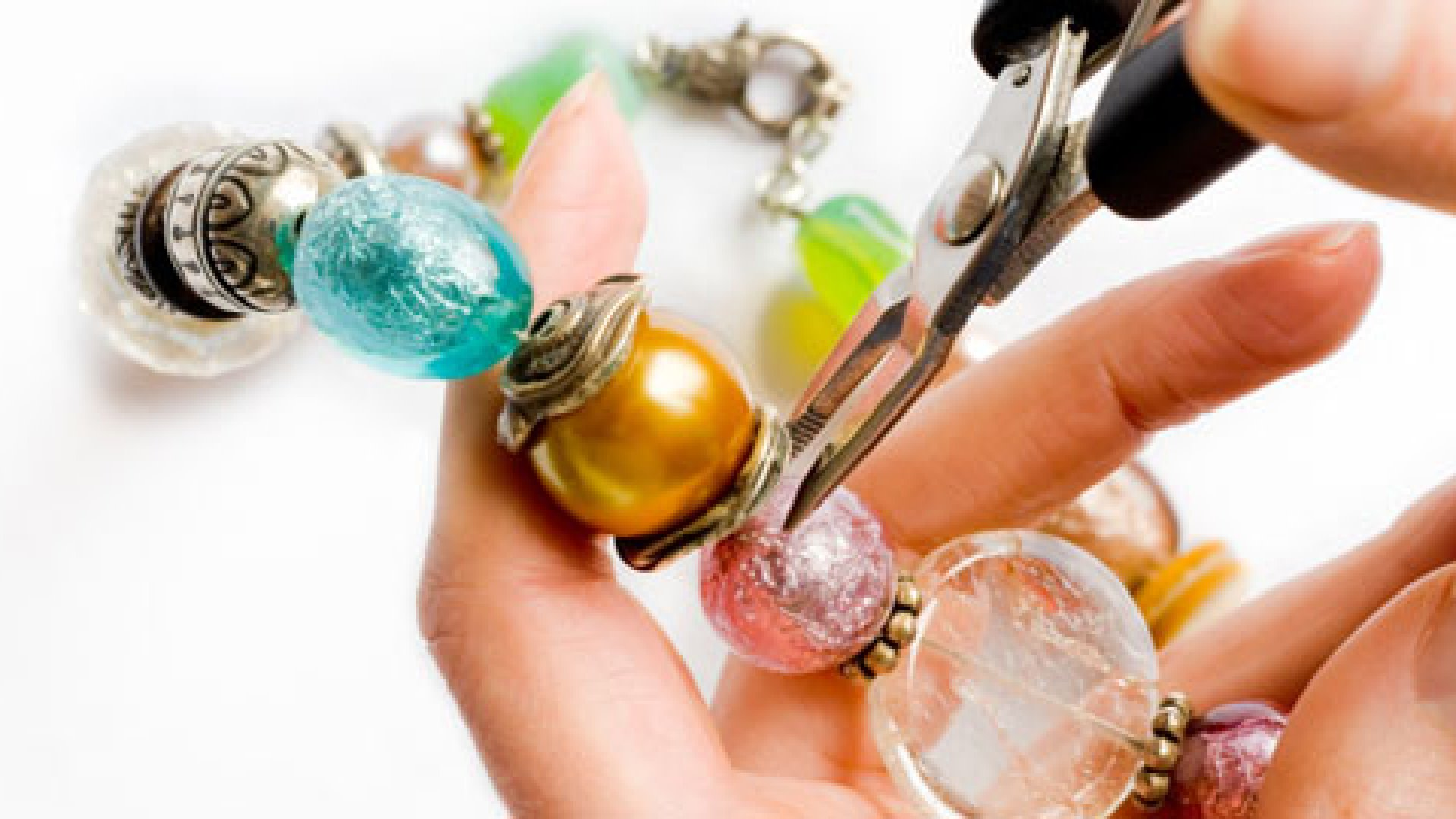 How to Start a Jewelry Making Business