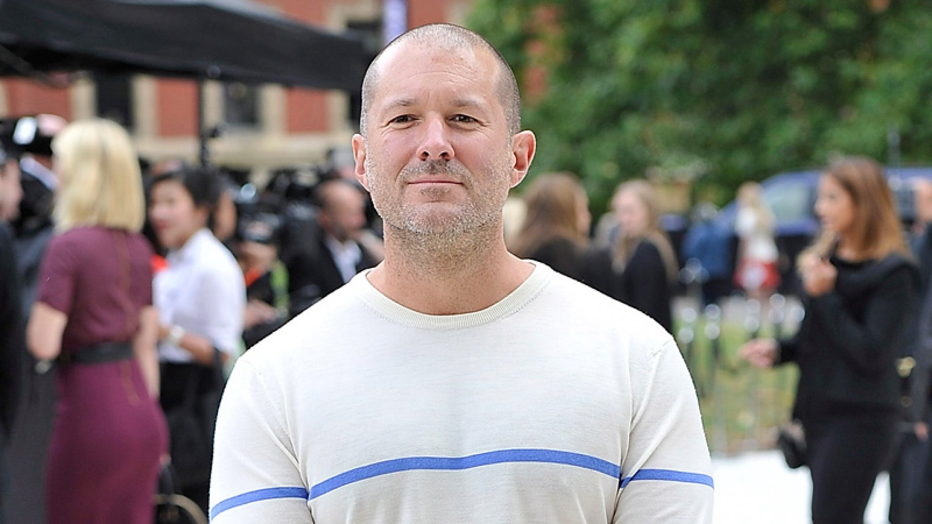 Simplicity Sells: Famed Designers Jony Ive and Marc Newson Put Philosophy Up for Auction