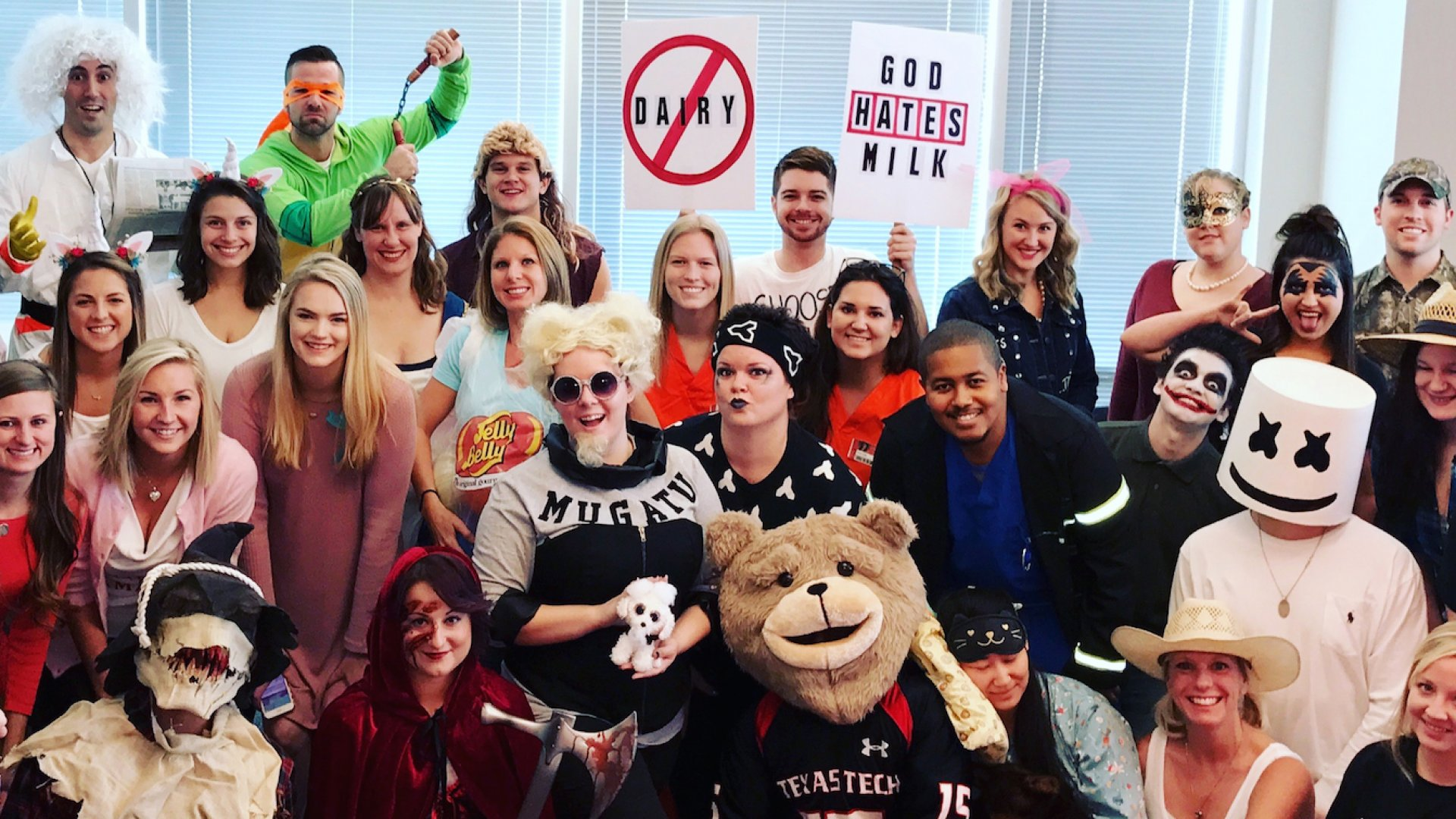 LiquidAgents Healthcare hosts an annual Halloween costume contest. Everyone is encouraged to wear his or her wackiest costume creation and the entire office votes on the top three favorites.