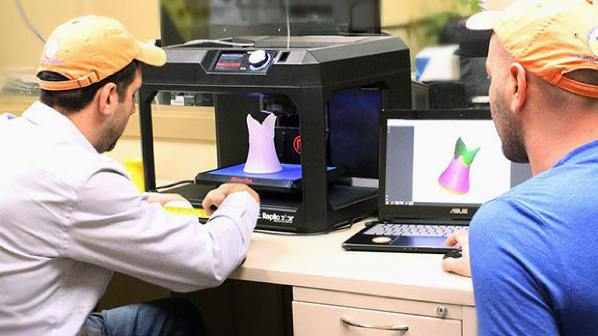 The Truth Behind MakerBot's Announcement That It's Outsourcing to China