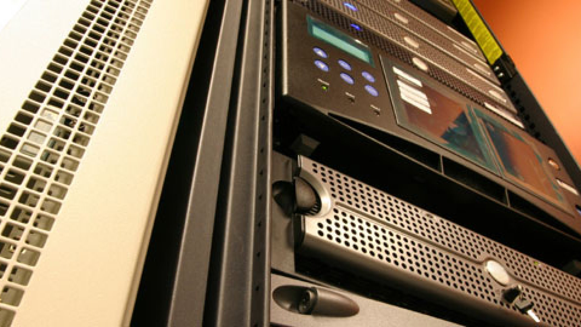 5 Tips for Buying a Server