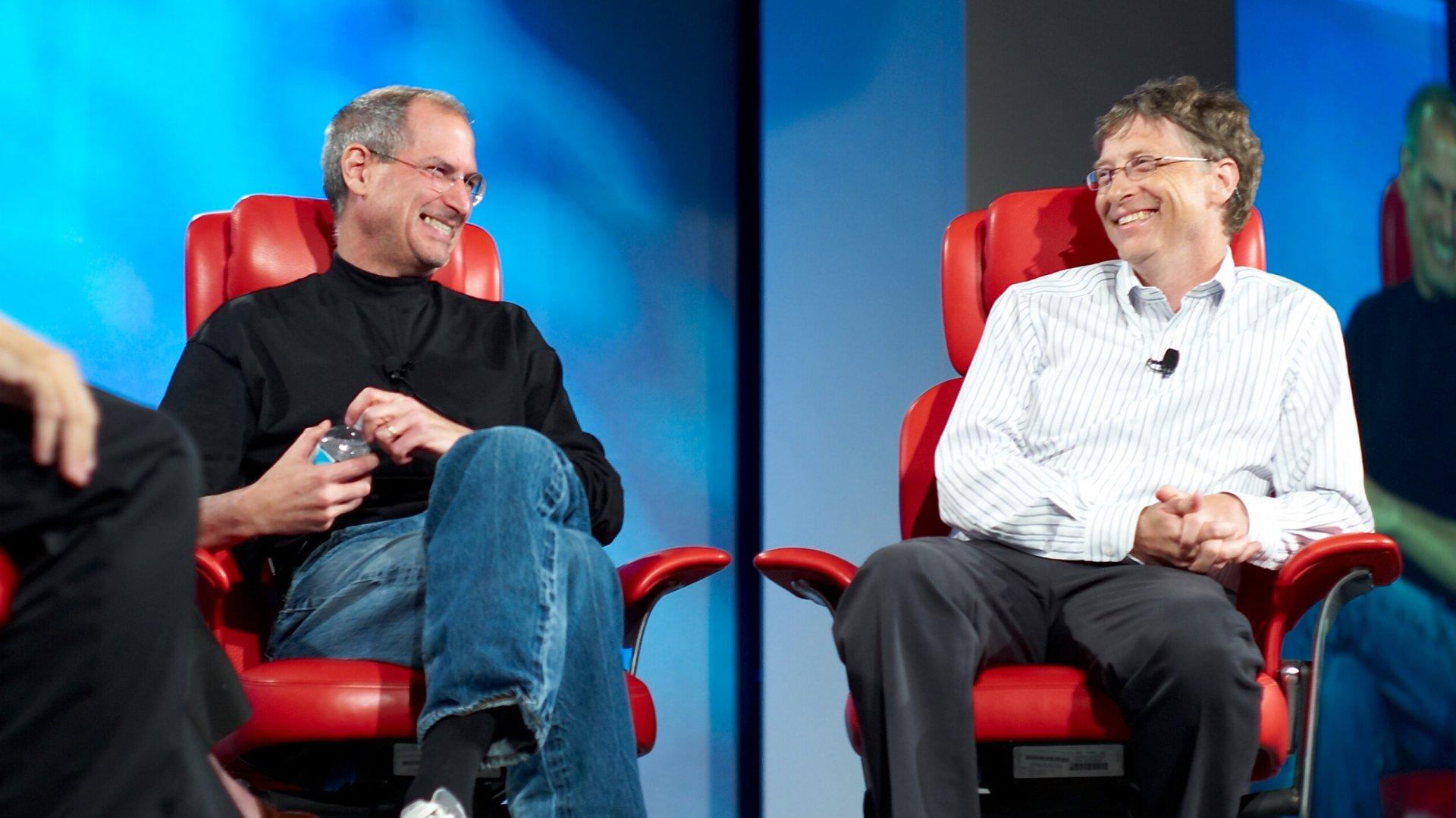 Steve Jobs (left) and Bill Gates.