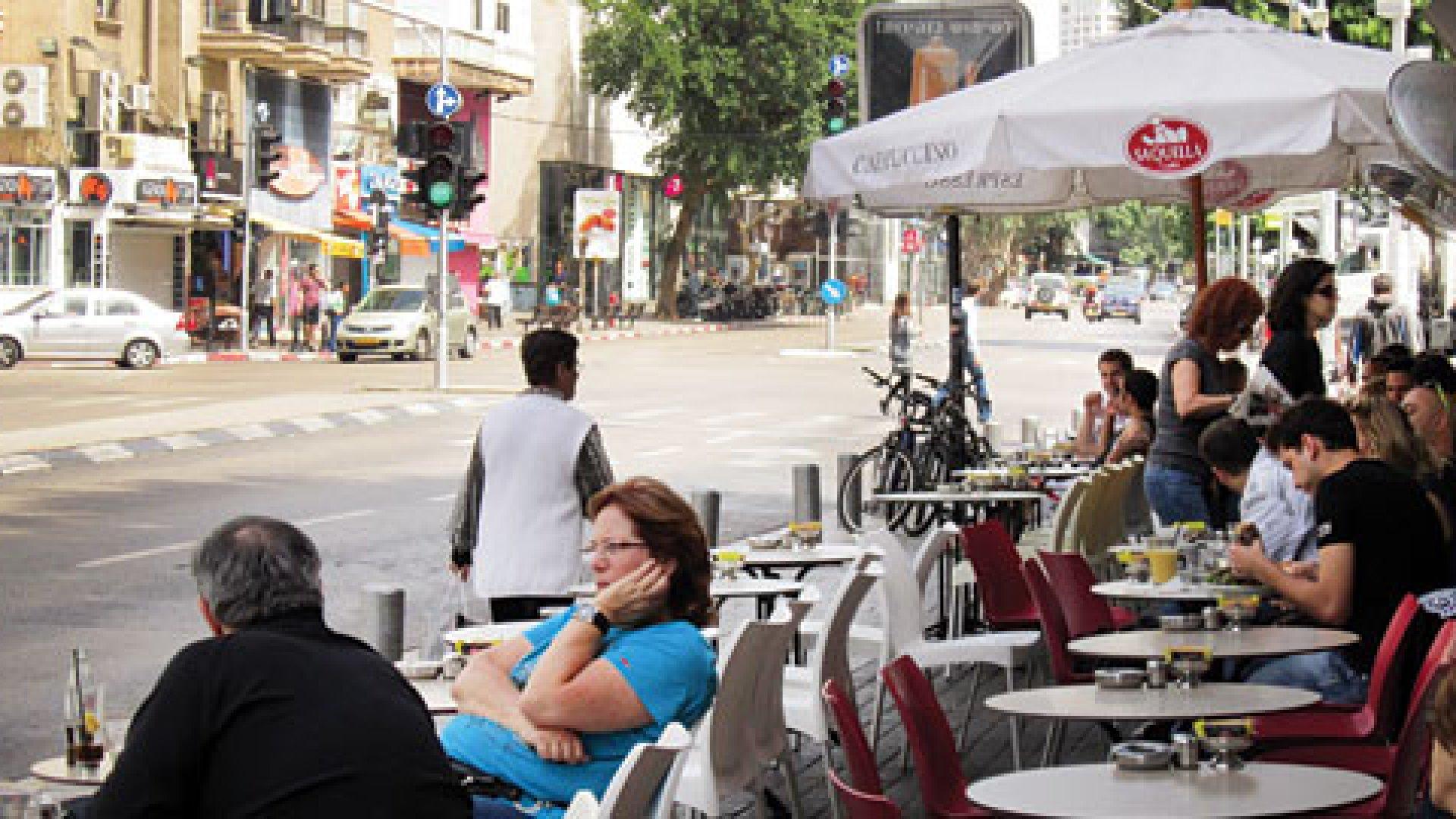 Café in Tel Aviv, Israel
