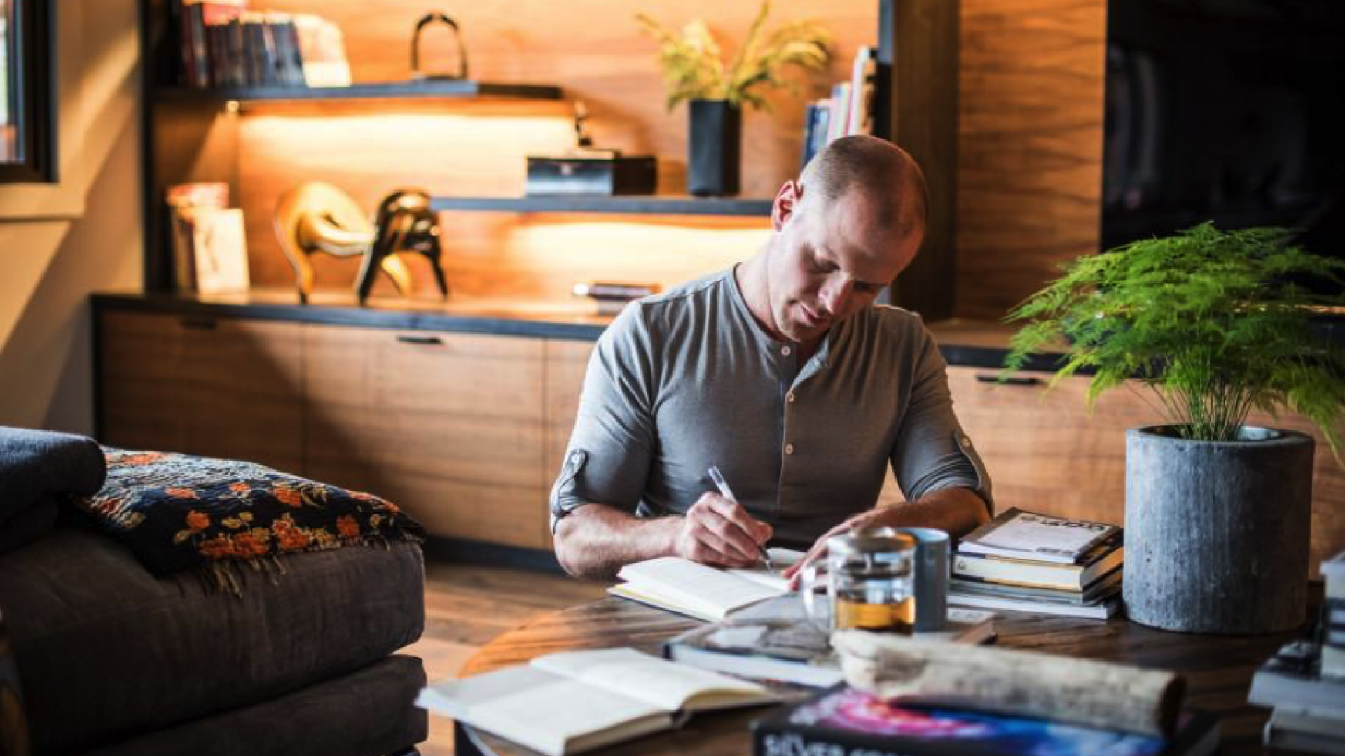 Tim Ferriss, author of <em>The 4-Hour Workweek</em>, shares his philosophies on productivity and managing your life.