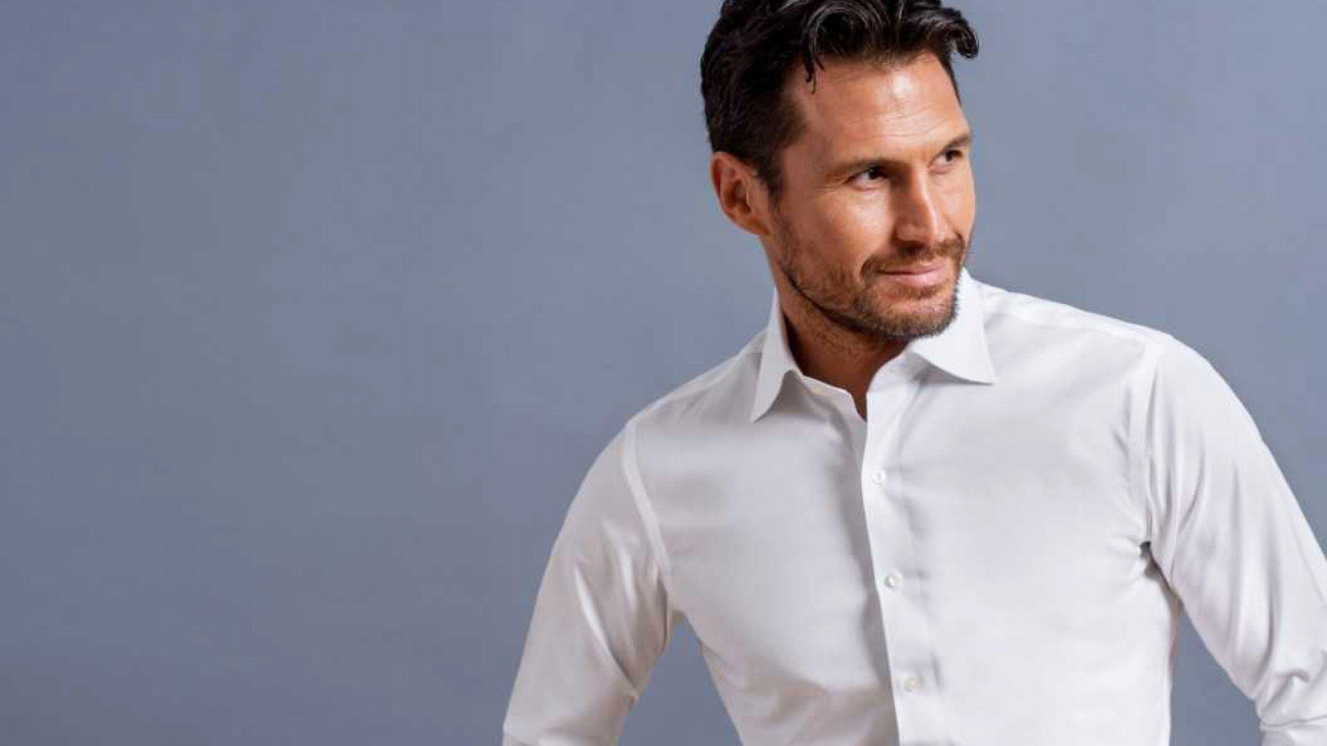 Proper Cloth's Albini Premium Non-Iron Shirt.