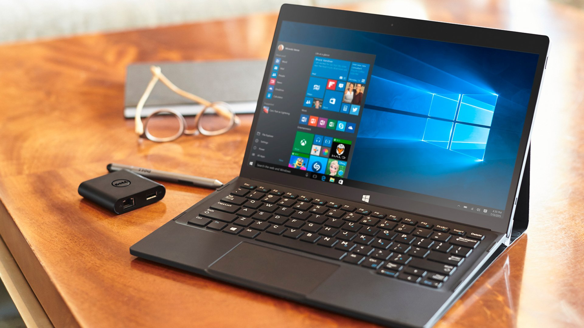 Dell Debuts theSuper-Smart XPS 12 at CES 2016