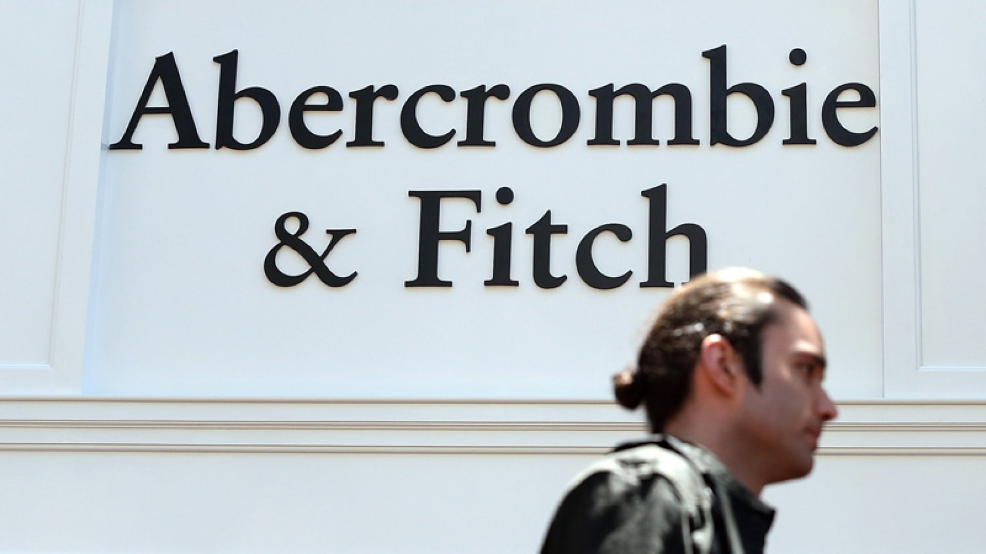The Real Reason Abercrombie Is Giving Its Logos the Hook
