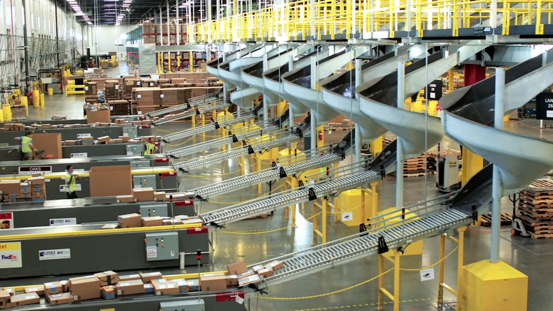 Amazon's Eighth Generation Fulfillment Center in Tracy, California.