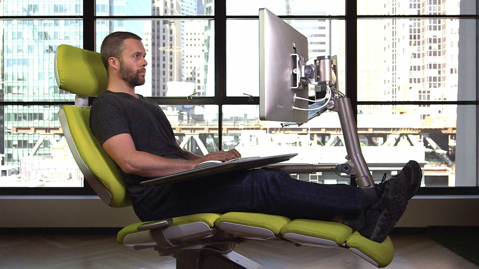 Reclining to work boosts your work output more than you think.