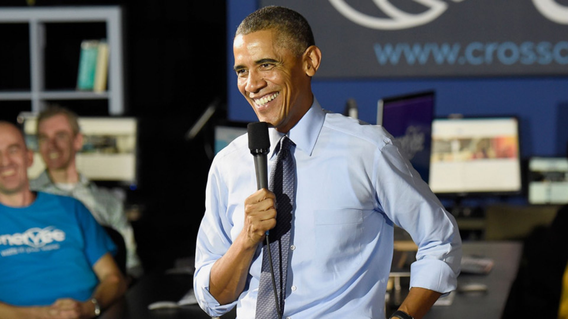 Obama Pitches Millennials on Caring About Economy and Politics