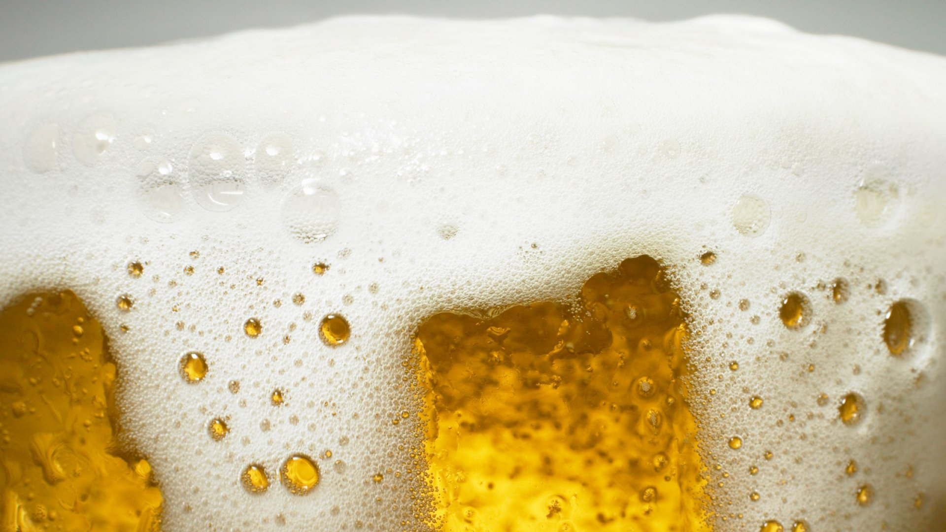 Once a Punchline, American Beer Is Now in Demand Overseas