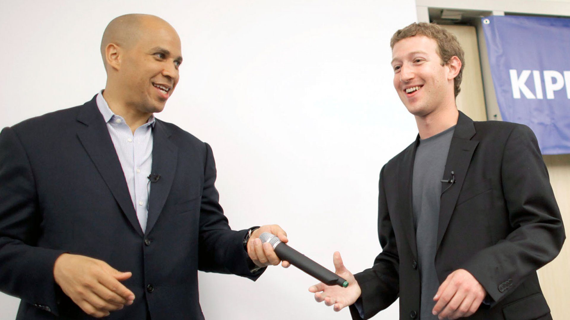 Examining Cory Booker's Tech Ties