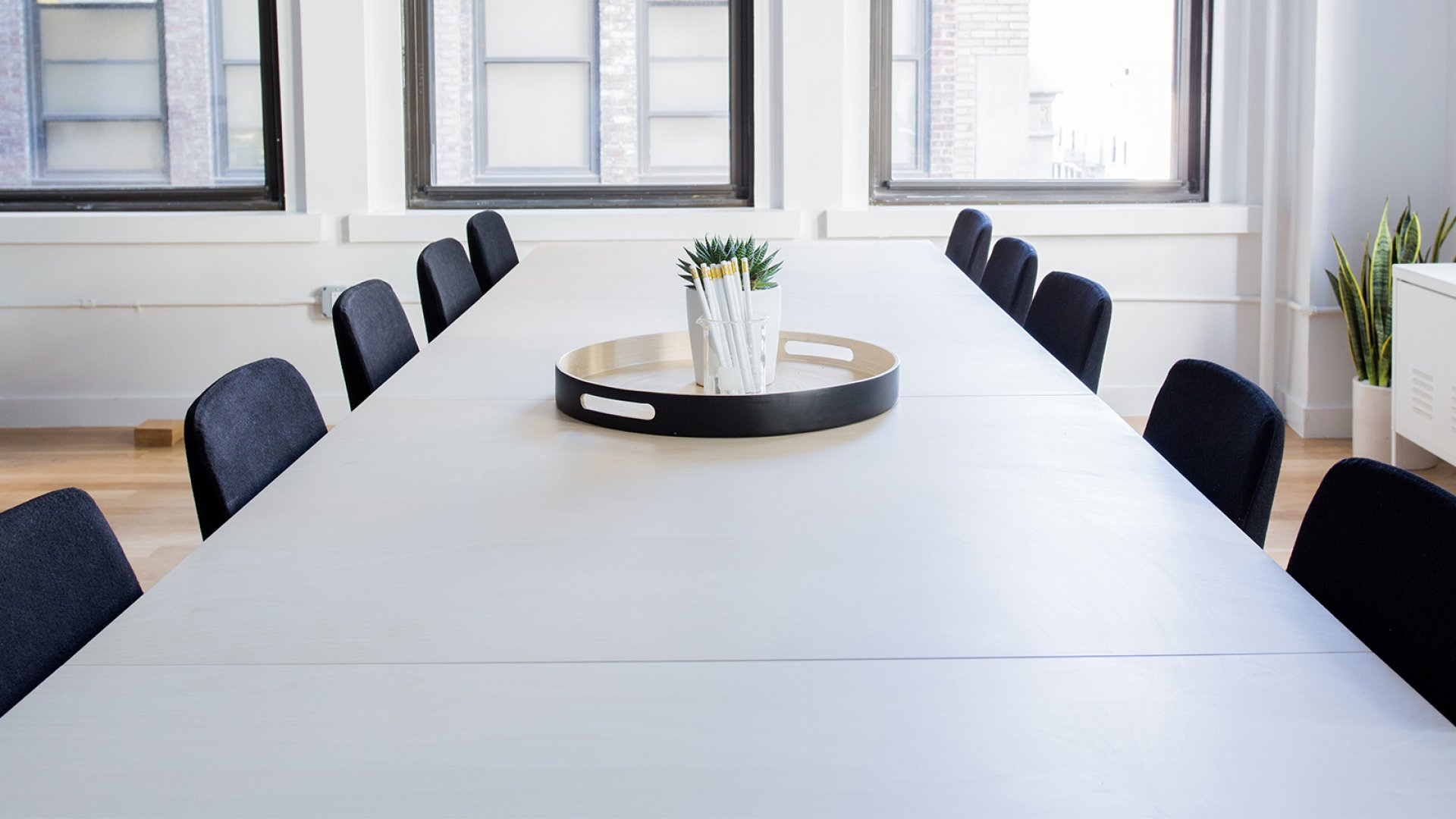 This 1 Hour is the Only Time You Should Schedule a Team Meeting