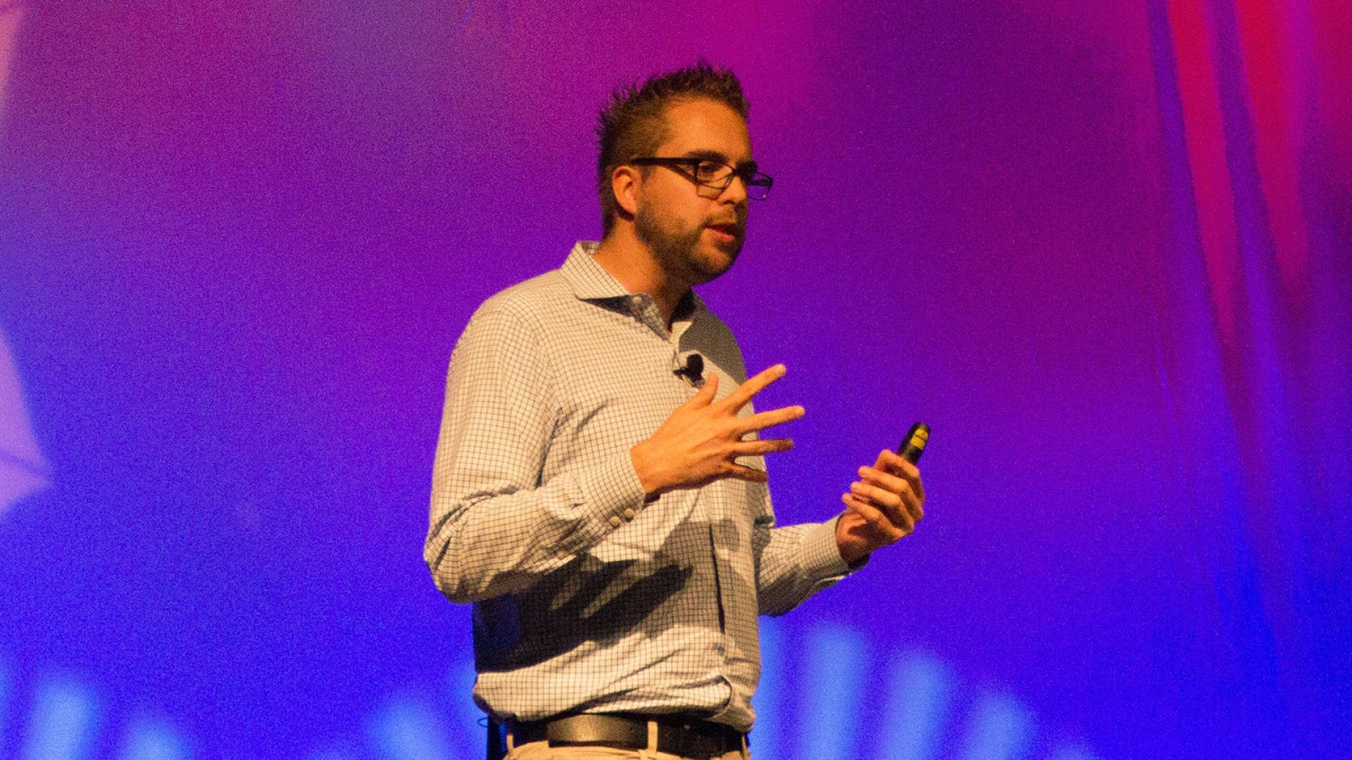 Dries Buytaert giving a keynote at DrupalCon 2015 in Los Angeles.
