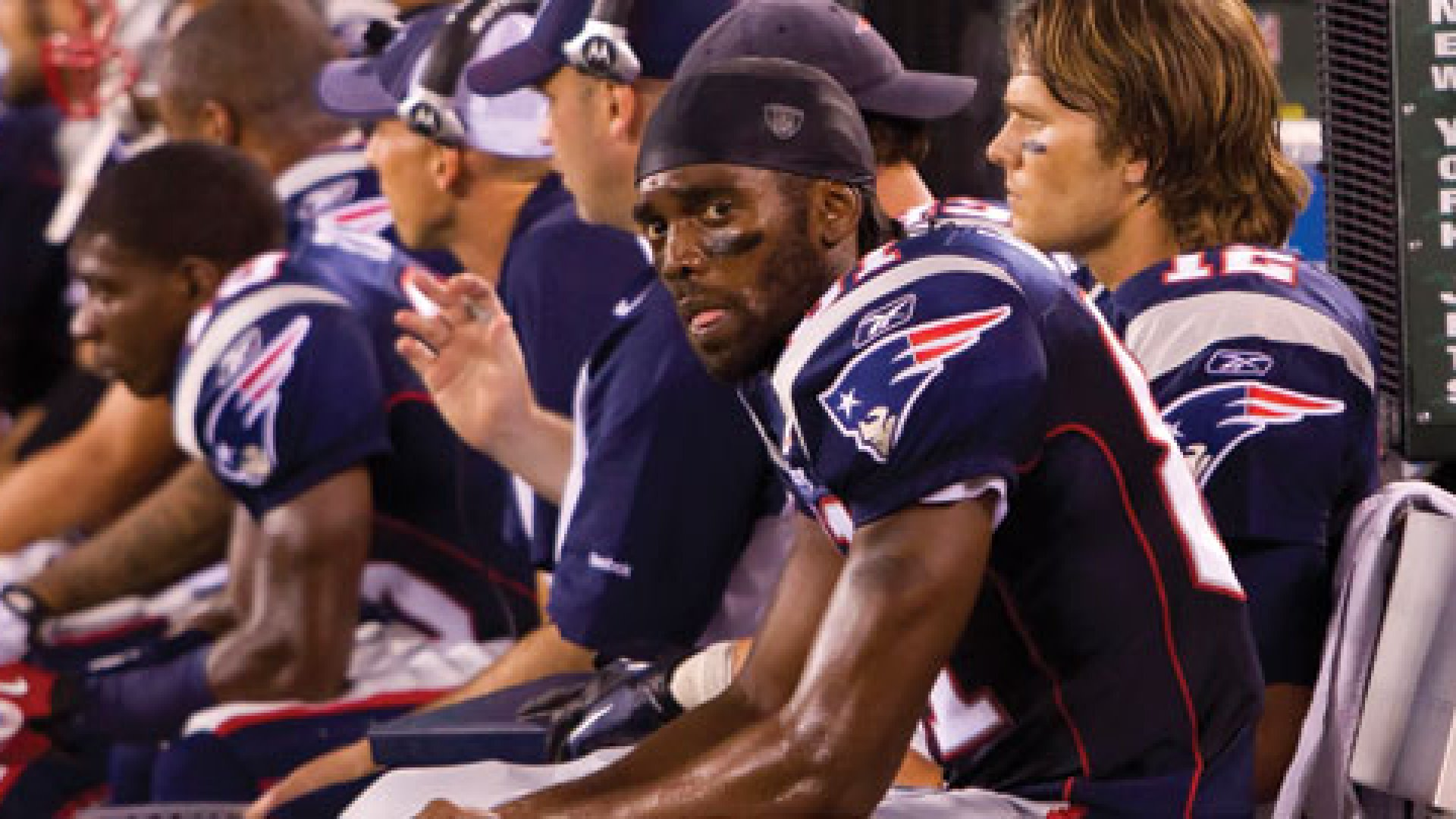 The lesson to be learned from Randy Moss and the New England Patriots saga is how any business can properly deal with a prima donna.