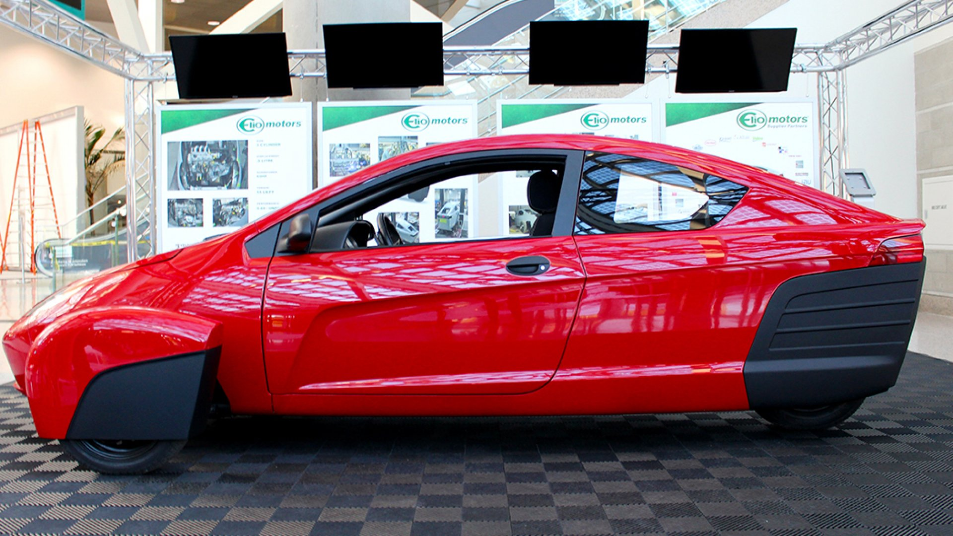 How Elio Became a Billion-Dollar Startup in Two Days