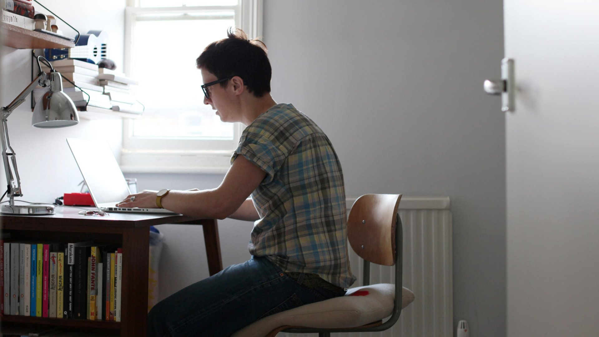 Why You Should Have 2 Workspaces in Your Office
