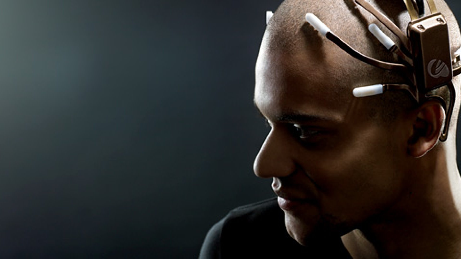 <strong>HEAD GAMES:</strong> Emotiv's Epoc headset can identify 30 mental states.