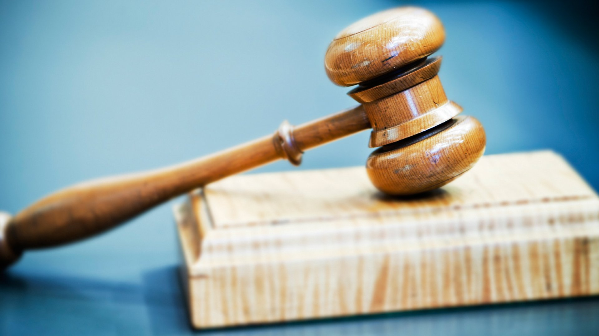 6 Tips to Help You Avoid Employee Lawsuits