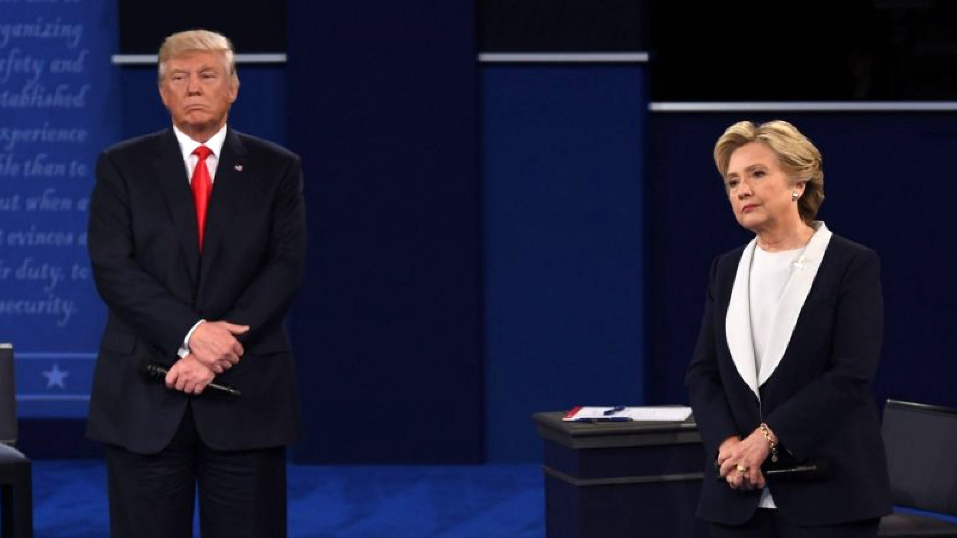 The 5 Biggest Body Language Fails of the Presidential Debate (and 1 Brilliant Subconscious Cue)