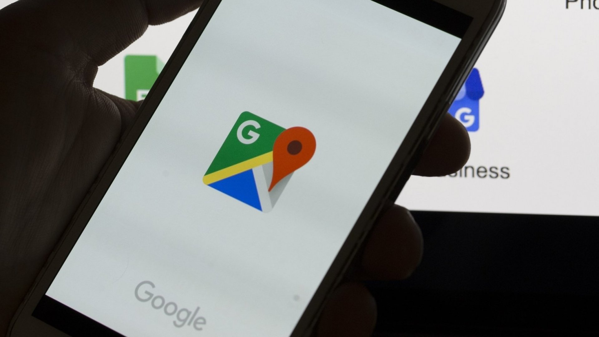 How to Make Google Maps Stop Tracking You Literally Everywhere