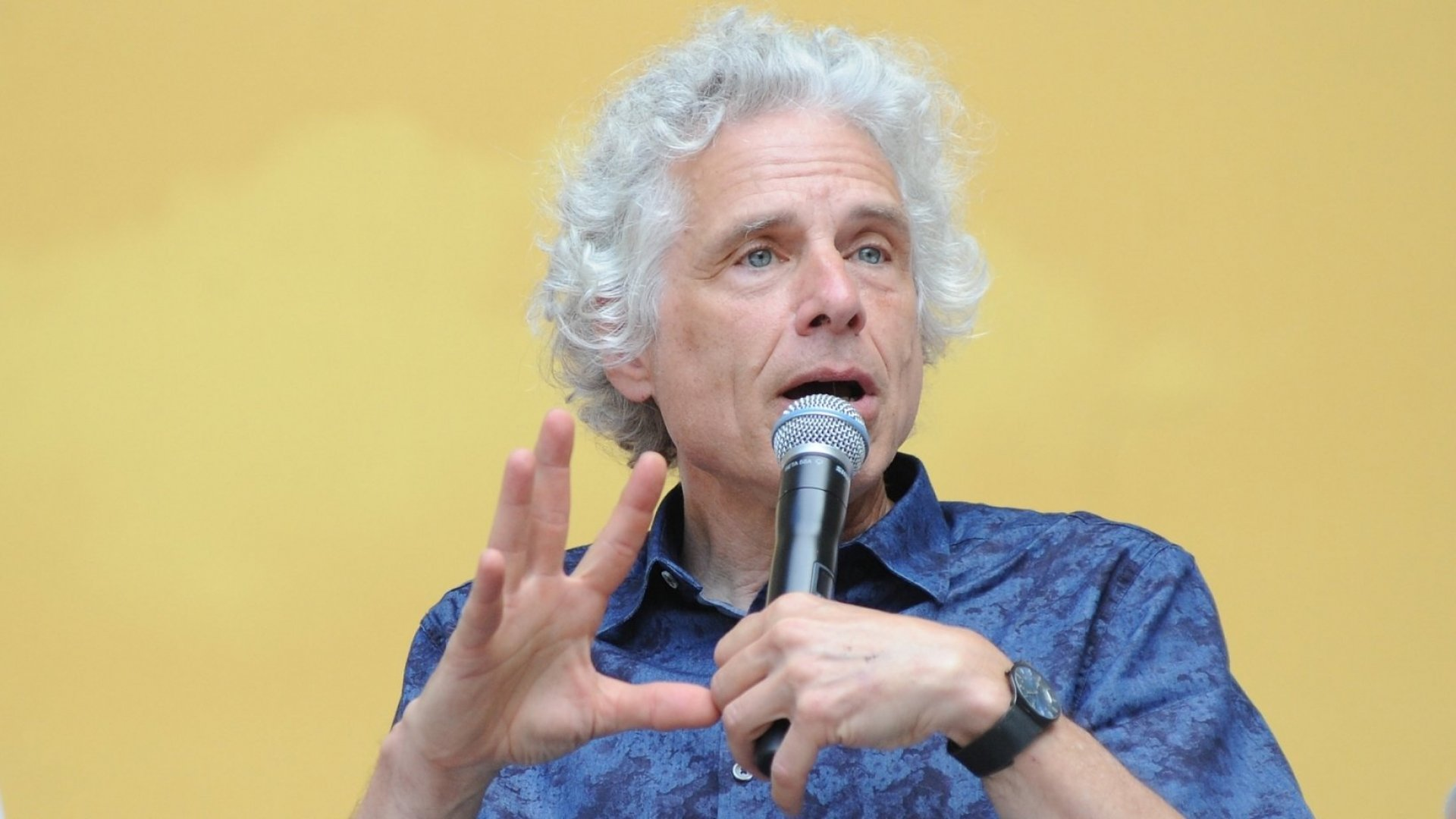 Top Harvard Psychologist Steven Pinker: Go Ahead and Get Emotional in Negotiations