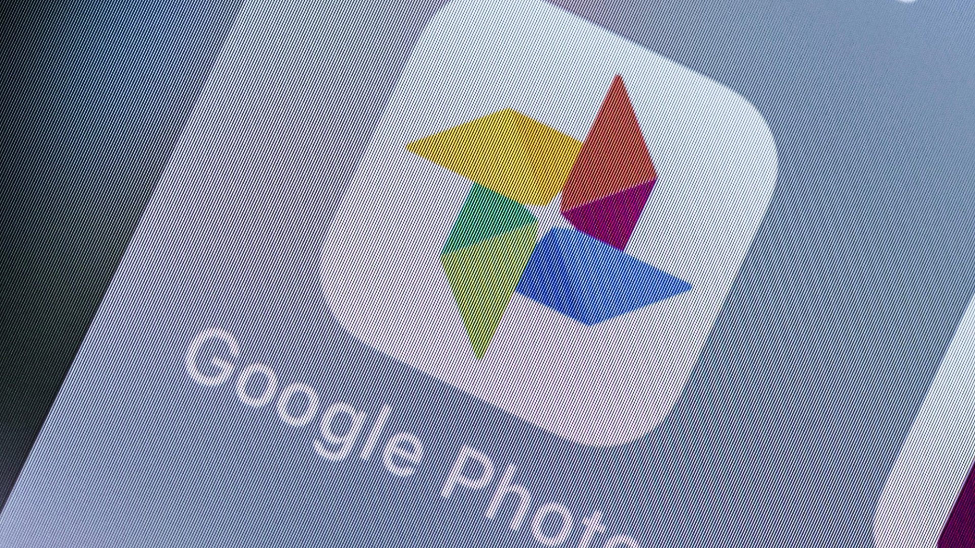Google Is Reading the Text in Your Photos, But This Time That's a Good Thing