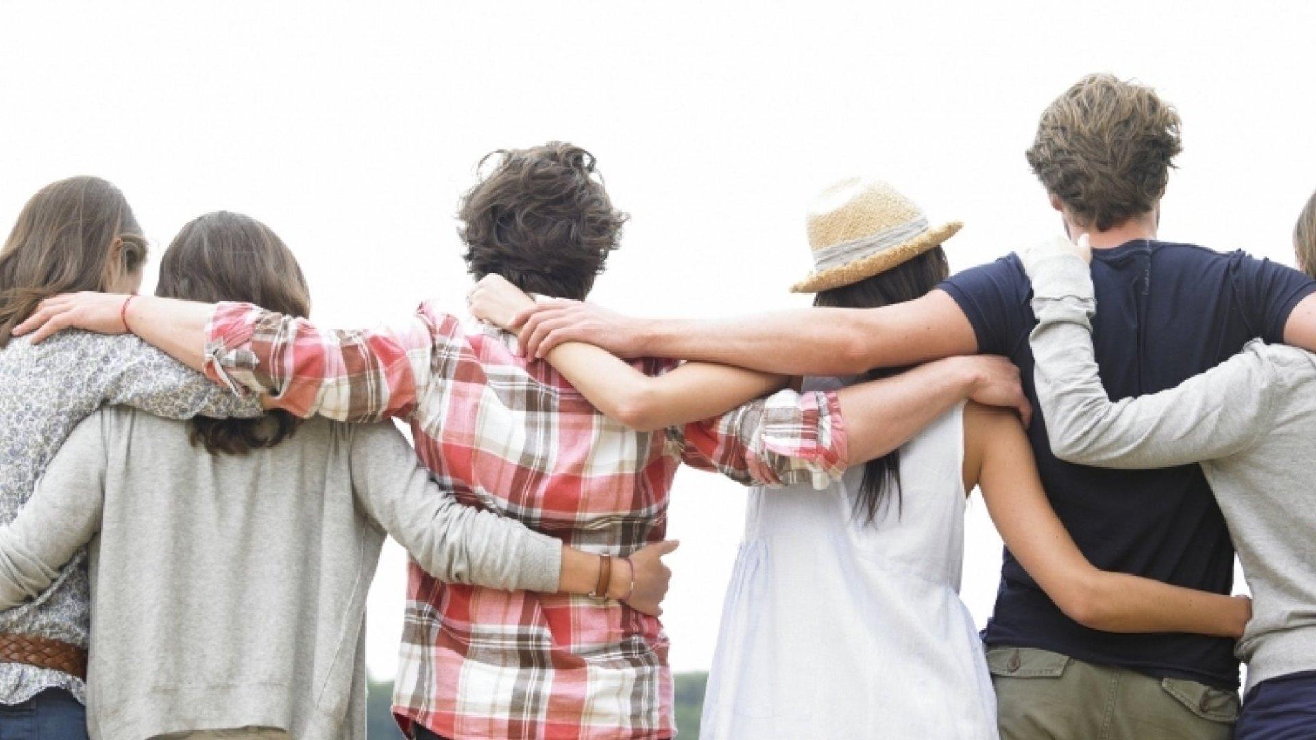 5 Ways Social Connection Makes You Healthier