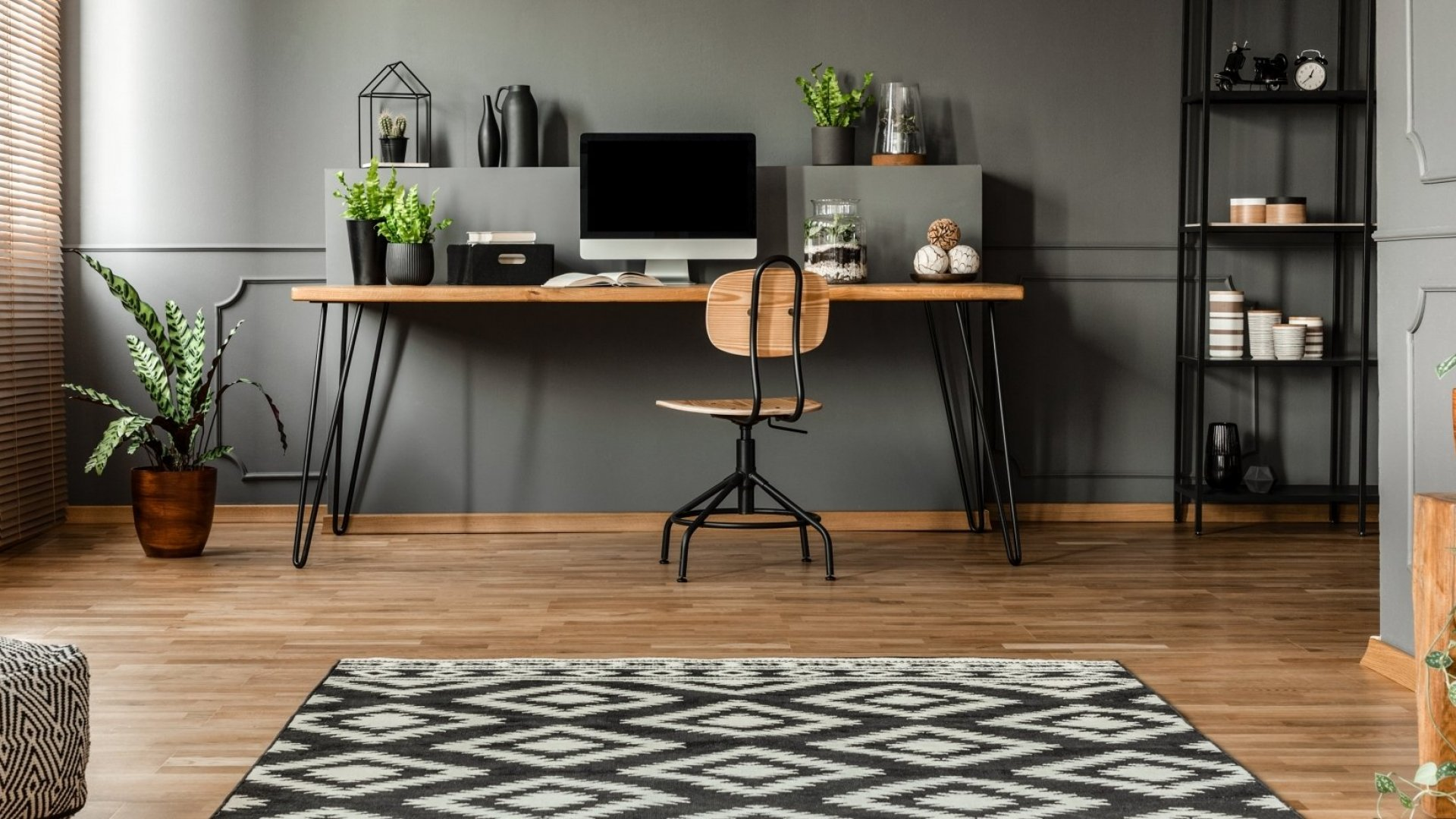 Your Home Office Is an Ergonomic Time Bomb. Here's How to Make It Better