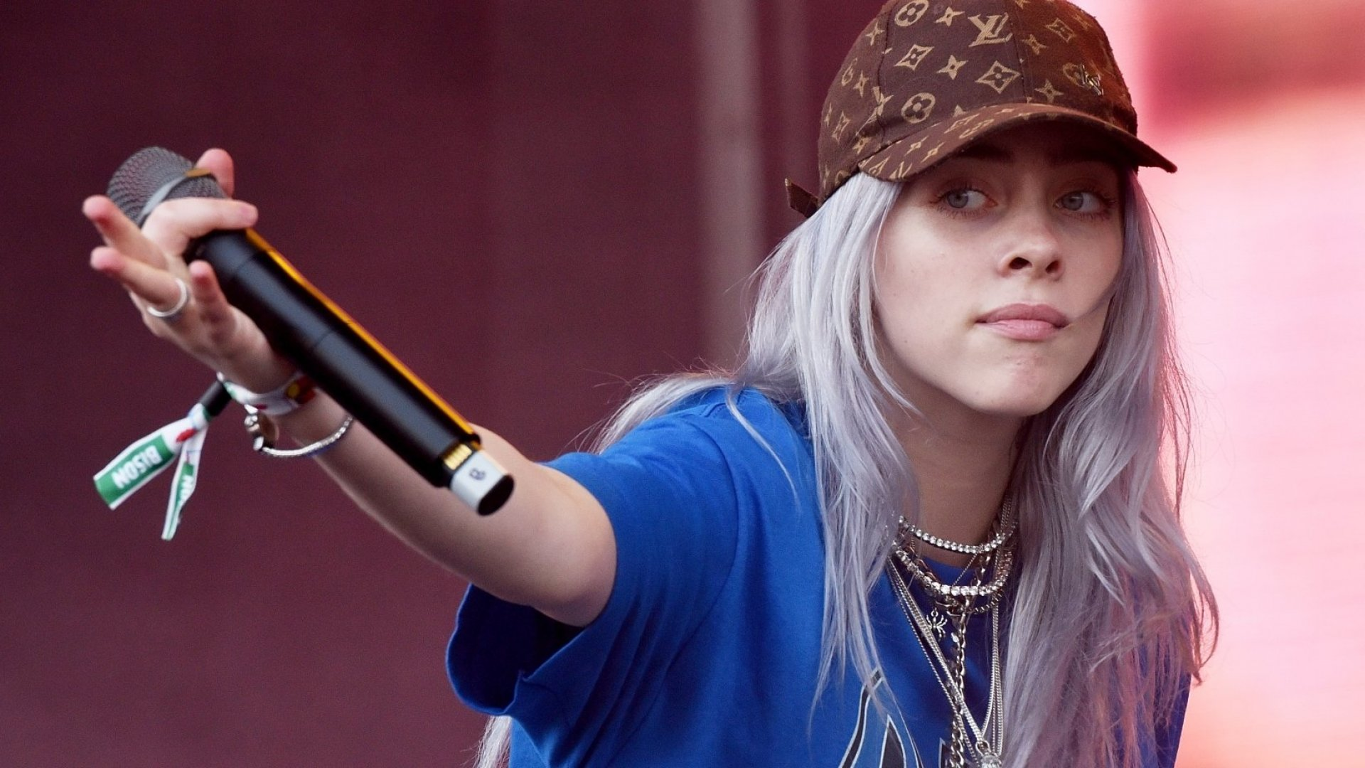 Billie Eilish Taught a Major Lesson in Emotional Intelligence in This Surprisingly Candid Video