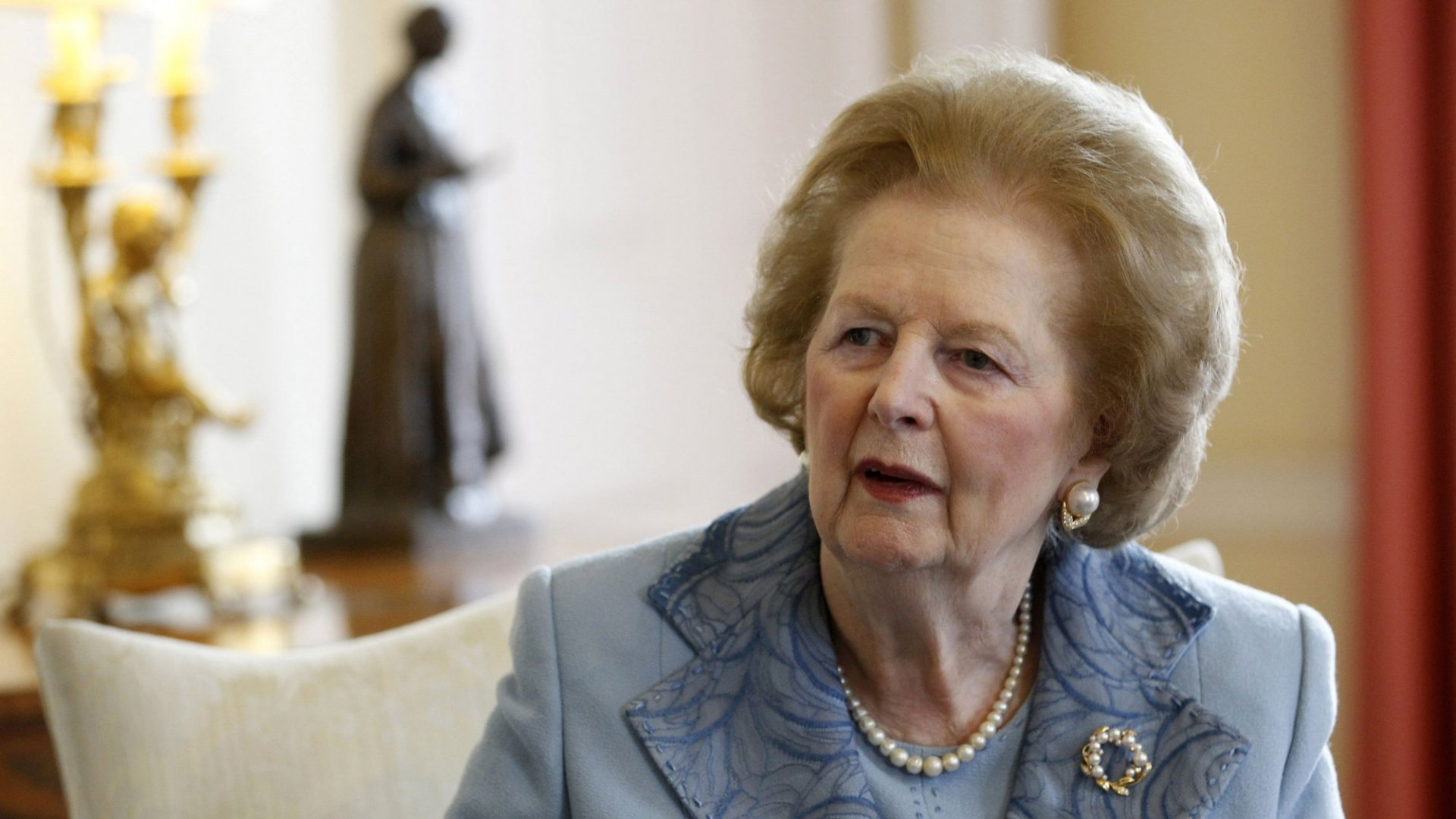 Use These 3 Vocal Techniques to Command the Room Like Margaret Thatcher and Obama
