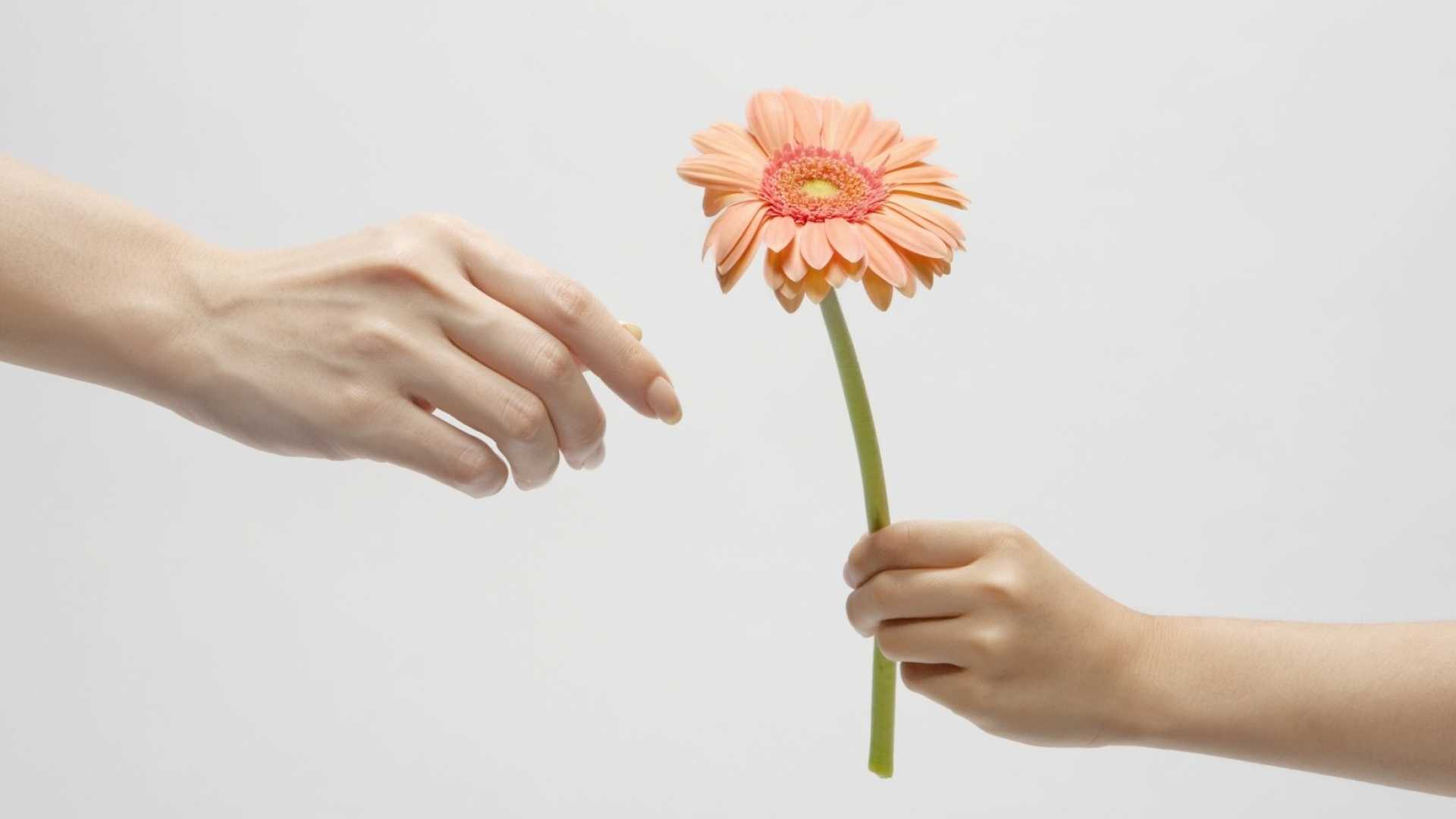 20 Free and Easy Ways to Be More Generous Today