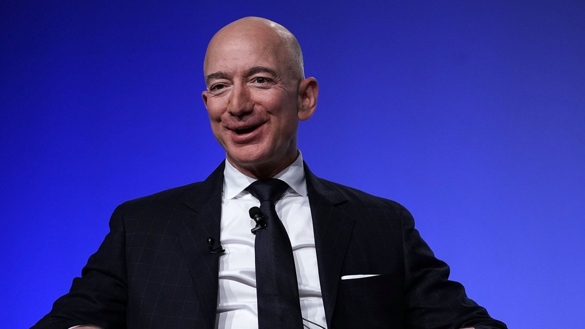 Jeff Bezos Just Revealed 1 Thing That Sets Very Smart People Apart From the Rest