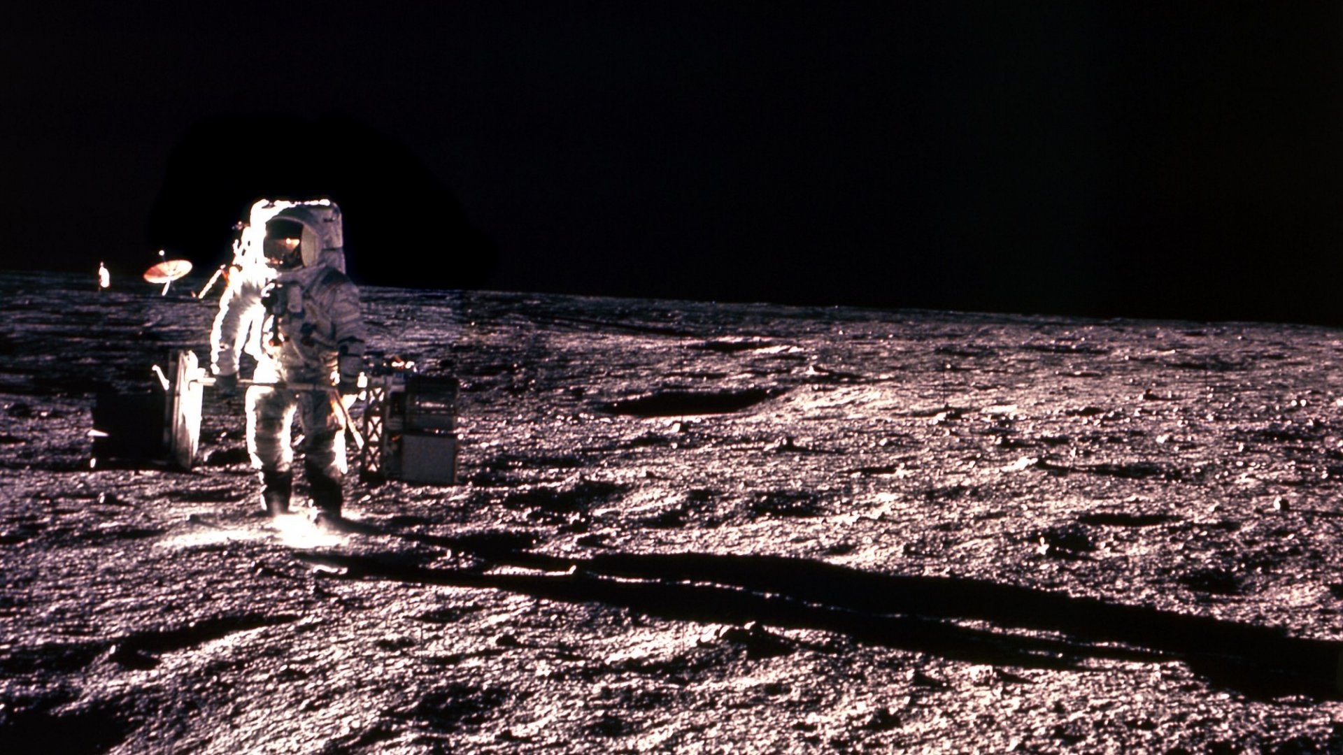 Private companies like Bigelow Aerospace and Moon Express are racing to get to the moon's surface and set up shop.