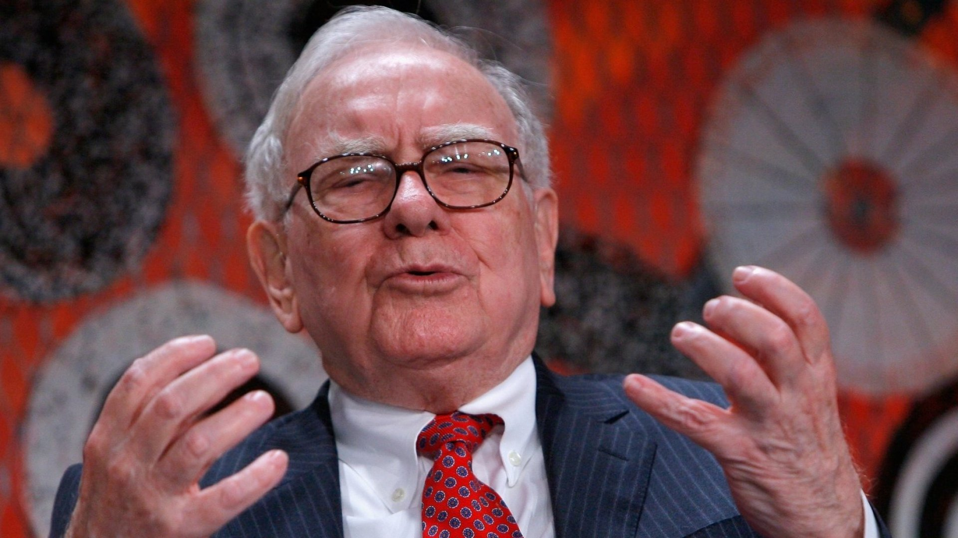 What the 'Queen of Candor' Learned From Her Supporter, Warren Buffett