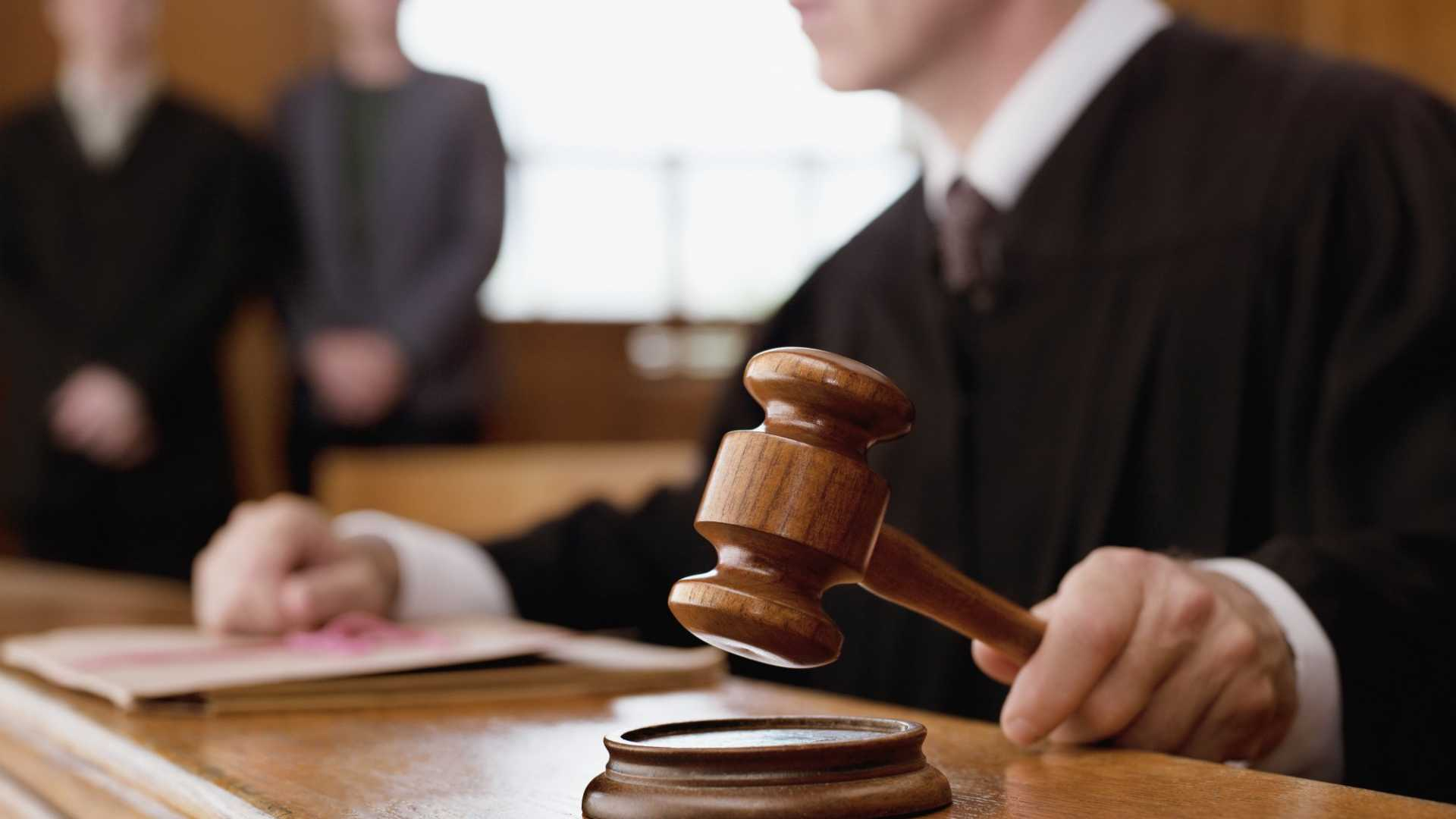4 Catastrophic Legal Mistakes You Don't Know You're Making