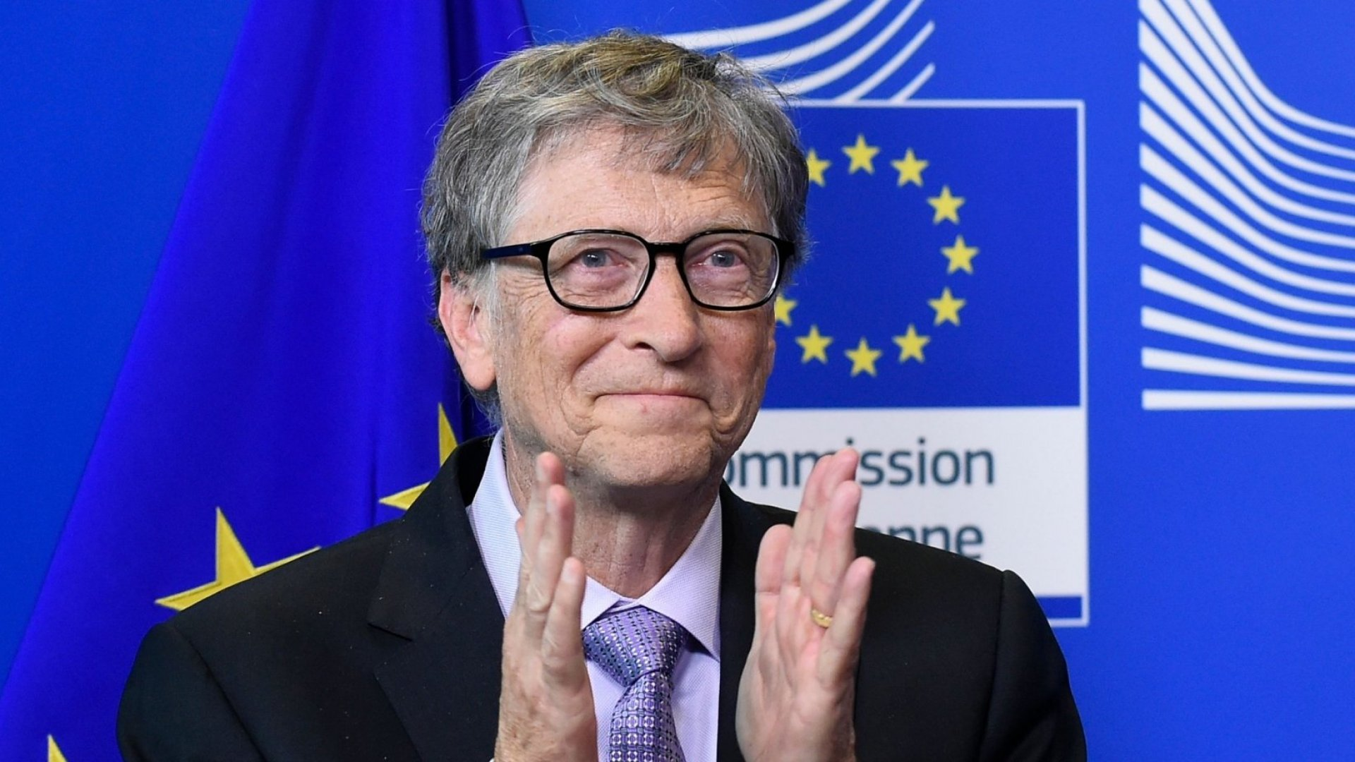 3 Books That Gave Bill Gates Hope in 2018