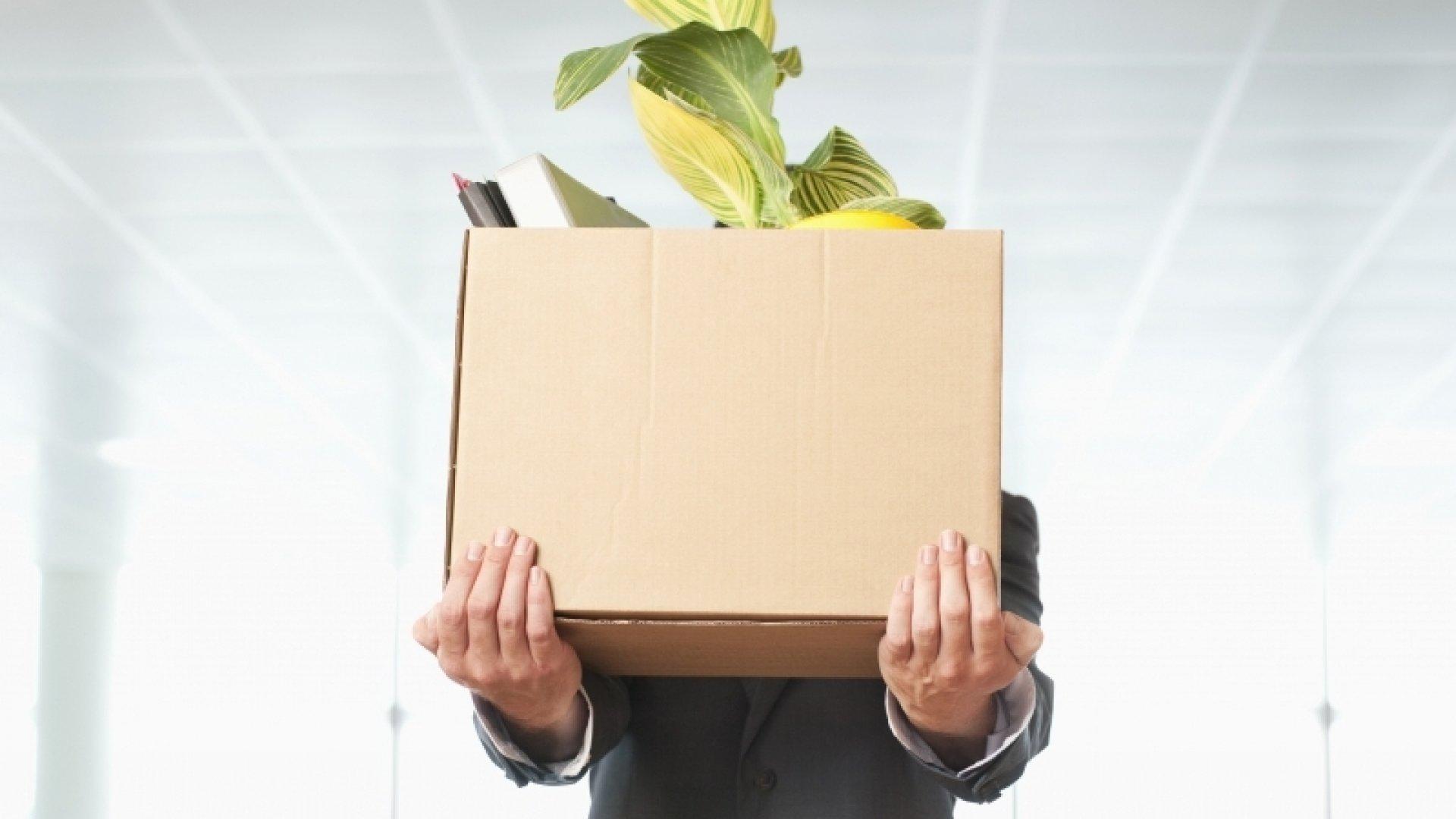 3 Reasons to Fire an Employee Immediately