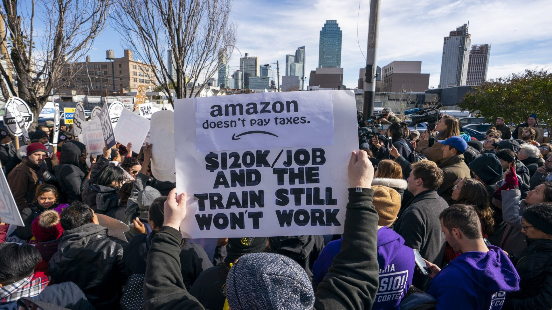 Protesters at the planned Amazon HQ2 site in Long Island City, Queens.