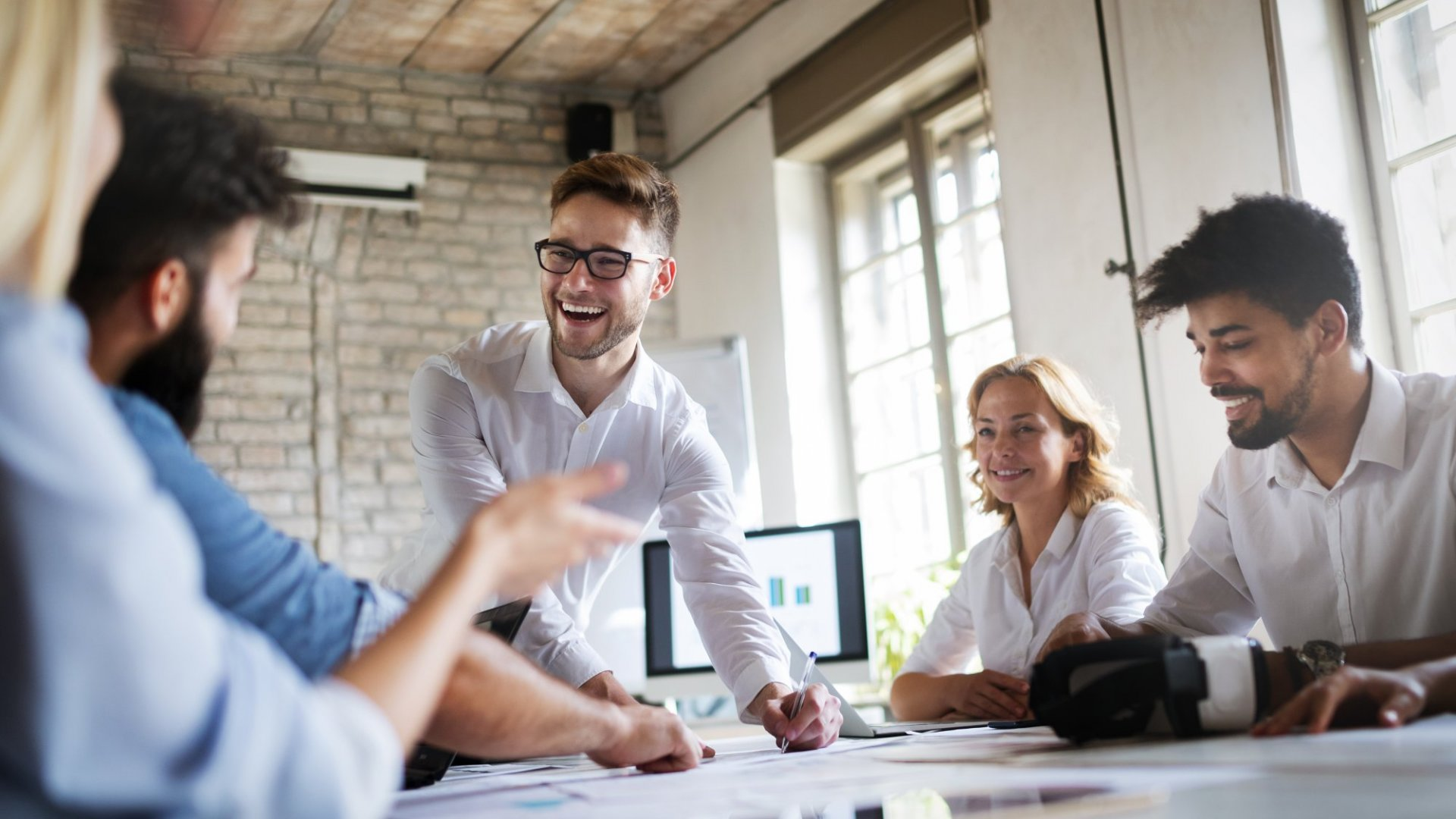 3 Strategies to Build a Strong Company Culture