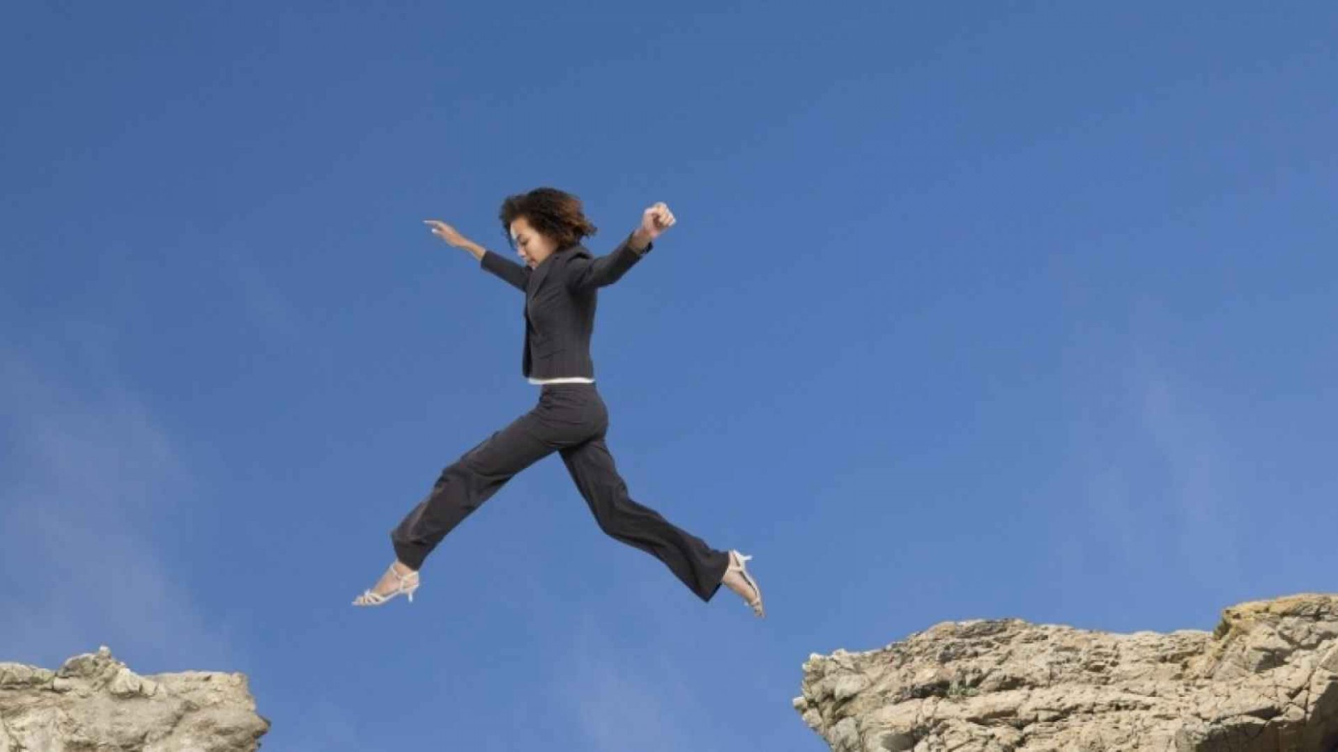 7 Ways to Build Your Confidence Fast