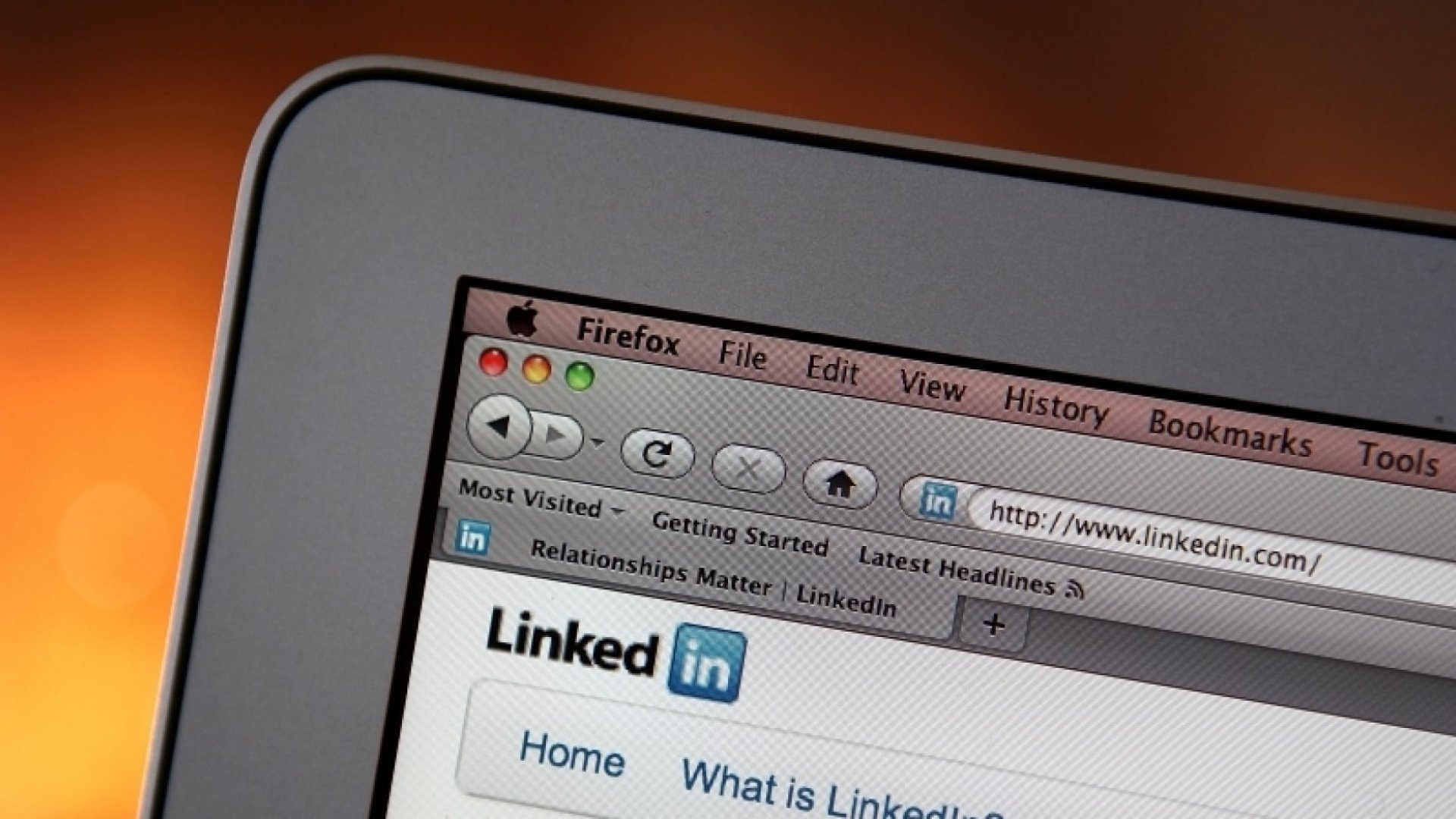 What's Behind LinkedIn's Big Compensation Problem