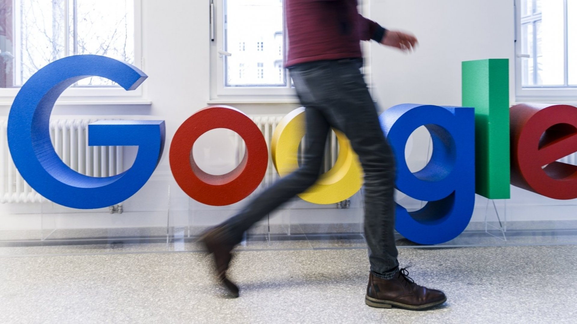 Google Recruiters Use These 3 Rules of Communication When Following Up With Candidates