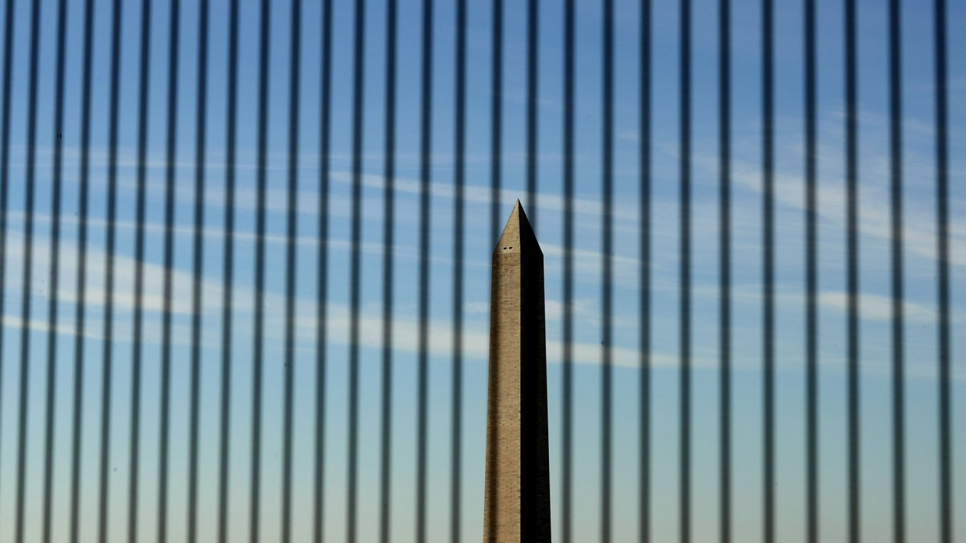 3 Ways a Prolonged Government Shutdown Could Affect U.S. Businesses