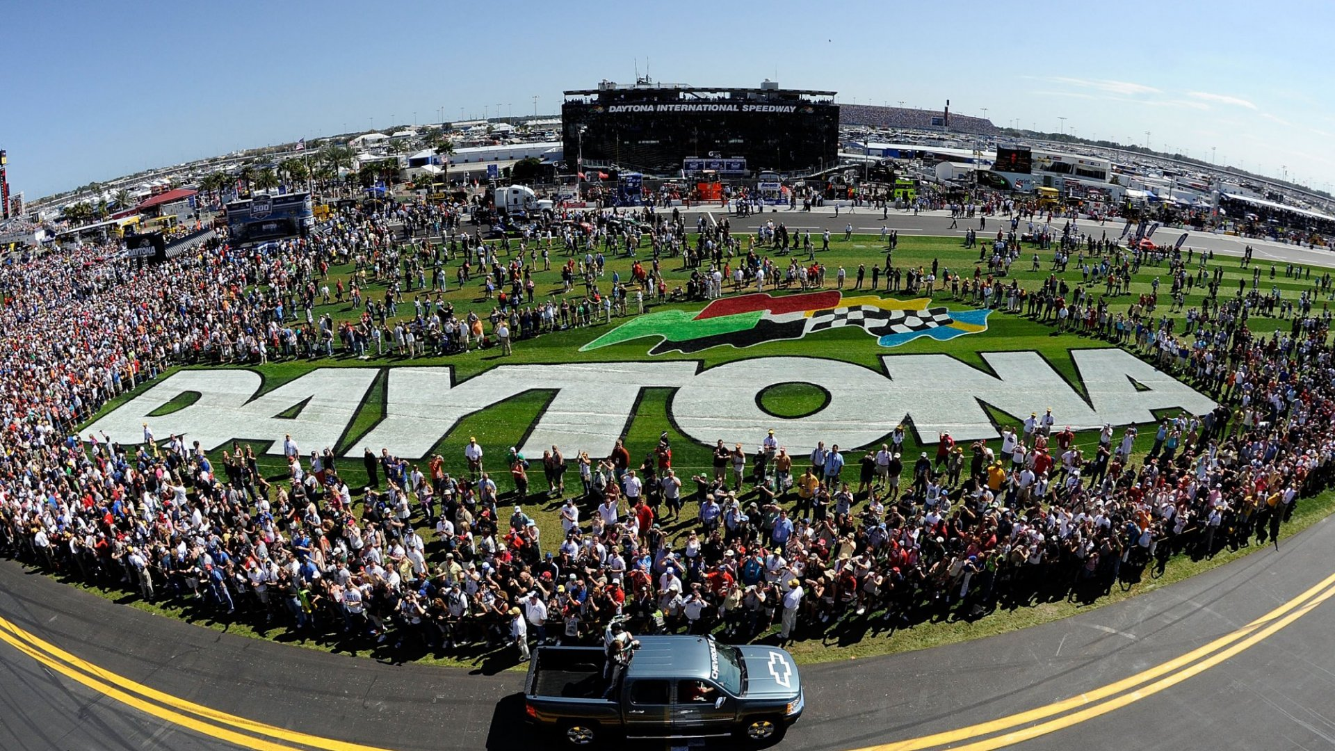 For Nascar, the Past Is Interesting. And Irrelevant