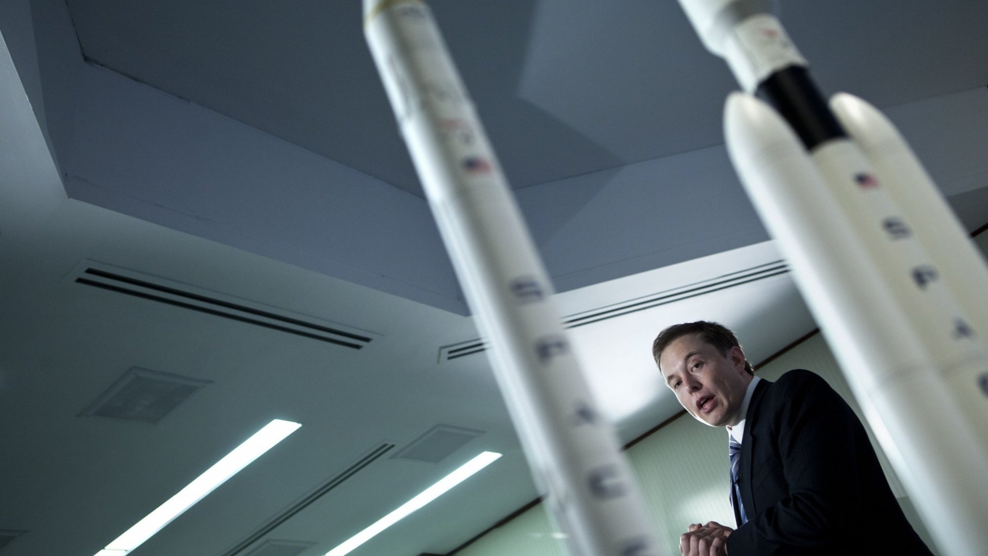 Elon Musk Says He Can Cut 99 Percent Off the Price of Space Travel. Here's How