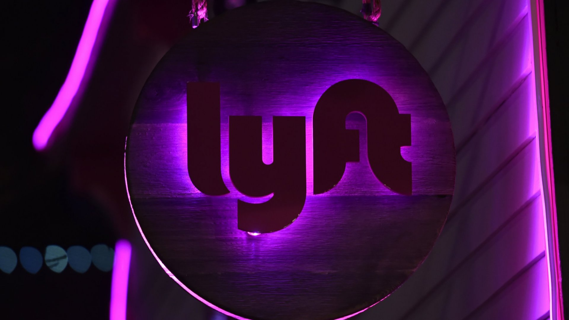 Lyft Asks People Named 'Dick,' 'Cummings,' or 'Finger' to Change Their Names or Be Banned